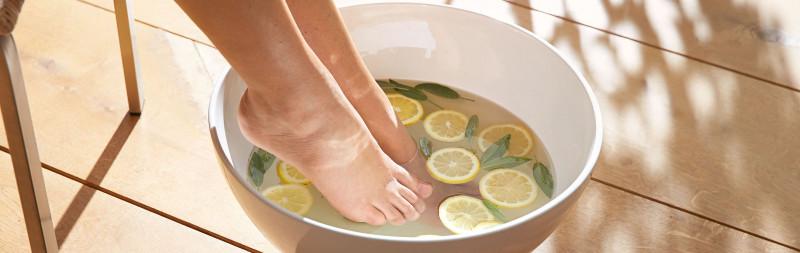 Dr.Hauschka: tout soin commence par les pieds